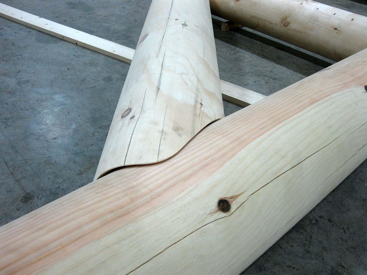 Gazebo En Bois Rond : Joints impeccables Joints impeccables En attente de la livraison